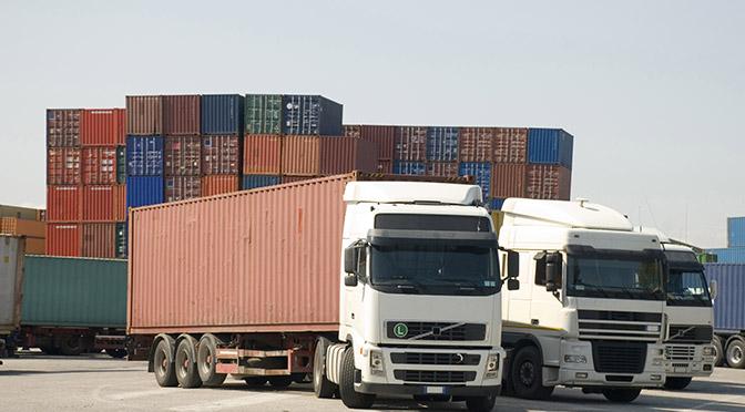 """Roubo de carga cresce, e empresas trocam escolta por '""""isca eletrônica"""""""